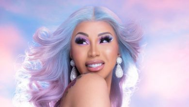 "Photo of Cardi B makes History again as ""UP"" climbs to #1 on The Billboard Hot 100"